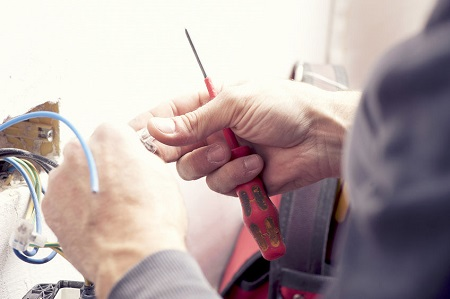 domestic electrician melbourne power outlet